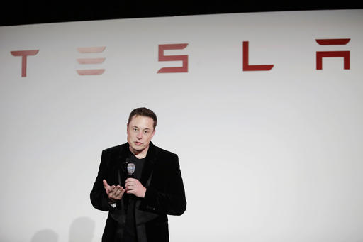 People Dodging Musk In Fear Of Getting Fired- People Still Want To Join Tesla